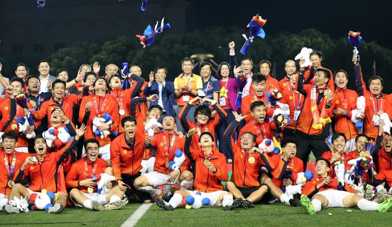 Hai đội tuyển VN dự lễ mừng công của Thủ tướng - ảnh 51