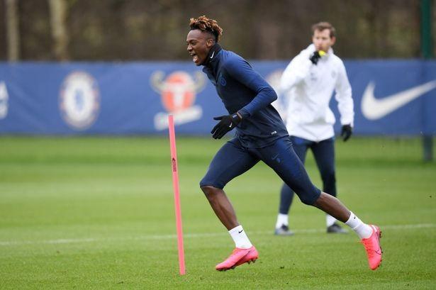 Cầu thủ Chelsea trở lại sân cỏ trong nỗi sợ hãi - ảnh 2