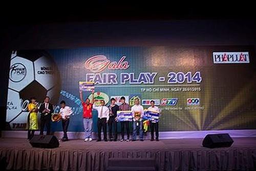 2 giải FairPlay của U19 VN mở ra trang sử mới cho bóng đá Việt - ảnh 2