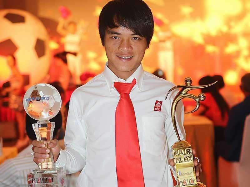 Cầu thủ Việt Nam đầu tiên giành giải Fair Play - ảnh 1