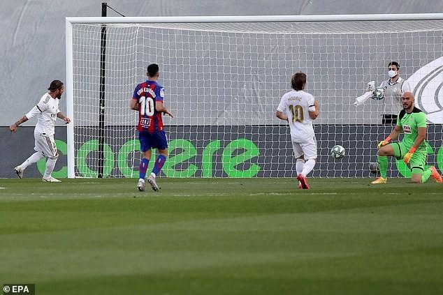 Barcelona và Real Madrid đuổi bám quyết liệt - ảnh 2