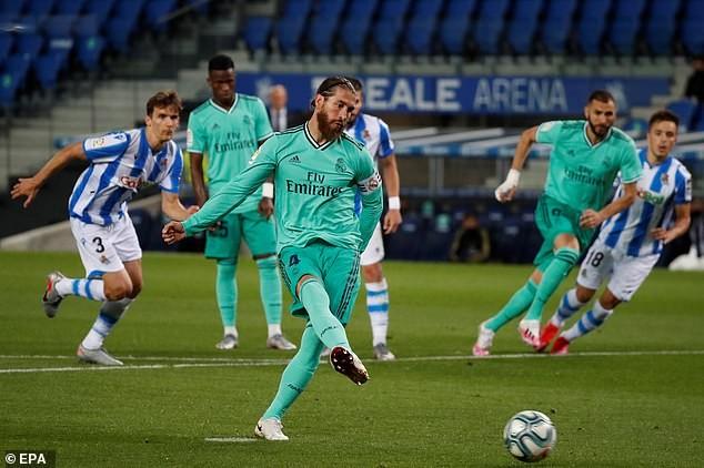 Vượt qua đại kình địch Barcelona, Real Madrid vẫn không vui - ảnh 1