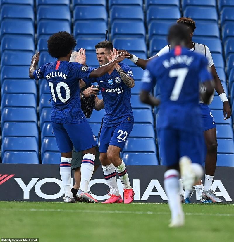 Chelsea giúp Liverpool chính thức vô địch Premier League - ảnh 1
