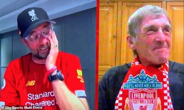 HLV Jurgen Klopp rơi nước mắt trong ngày Liverpool vô địch - ảnh 4