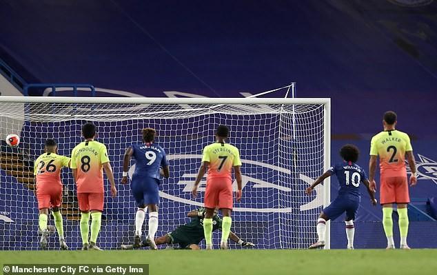 HLV Jurgen Klopp rơi nước mắt trong ngày Liverpool vô địch - ảnh 1