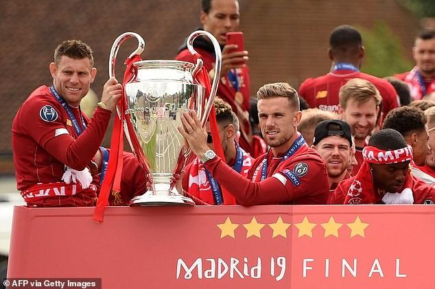 Các cầu thủ Chelsea sẽ chứng kiến Liverpool nâng cúp vô địch - ảnh 2