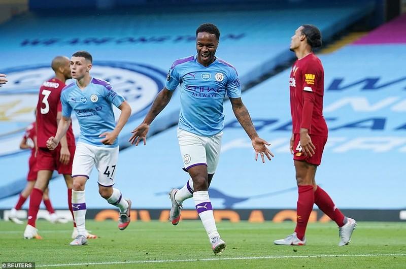 Cựu vương 'hủy diệt' tân vương, Liverpool đau trong ngày vui - ảnh 1