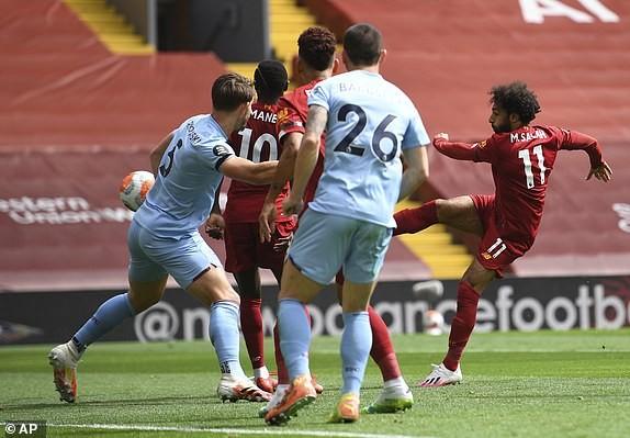 Hàng công vô duyên, Liverpool nguy cơ lỡ mục tiêu 100 điểm - ảnh 1