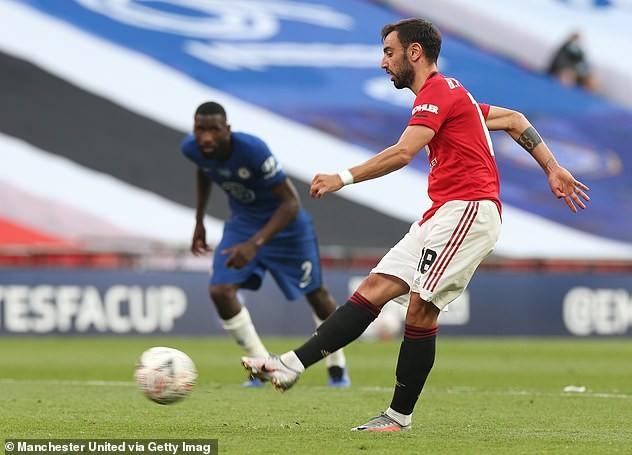 Chấm điểm trận Chelsea - MU: Tuyệt vời Giroud, thảm họa De Gea - ảnh 7