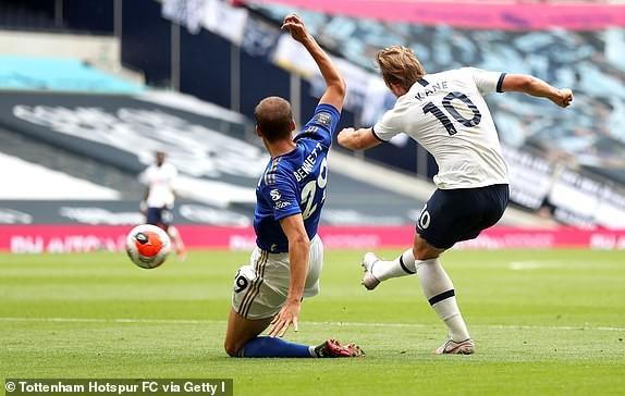Tottenham nhấn chìm Leicester, Mourinho giúp MU tiến sát Top 4 - ảnh 3
