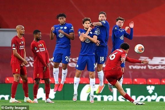 Thua Liverpool trong 'cơn mưa gôn', Chelsea bỏ lỡ thời cơ vàng - ảnh 2