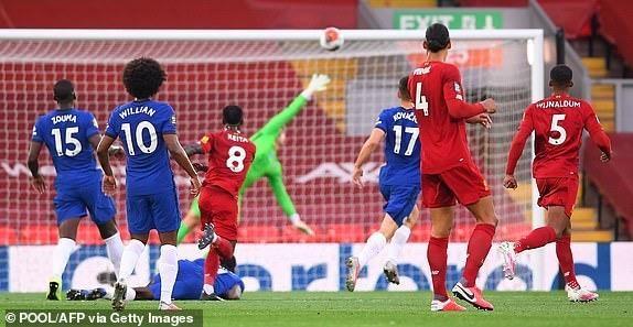 Thua Liverpool trong 'cơn mưa gôn', Chelsea bỏ lỡ thời cơ vàng - ảnh 1