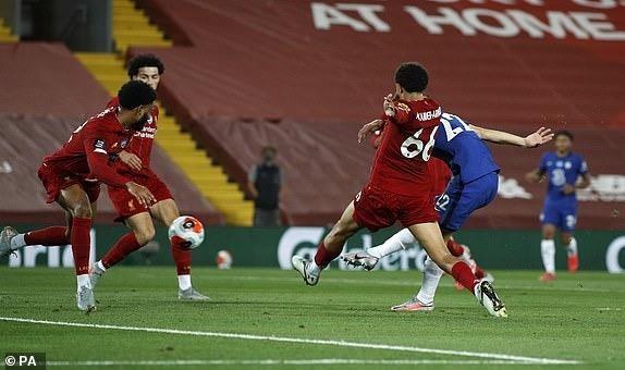 Thua Liverpool trong 'cơn mưa gôn', Chelsea bỏ lỡ thời cơ vàng - ảnh 5