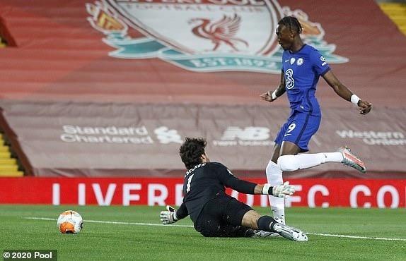 Thua Liverpool trong 'cơn mưa gôn', Chelsea bỏ lỡ thời cơ vàng - ảnh 4