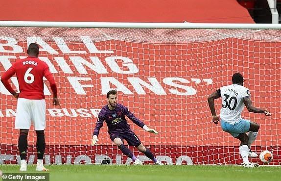 Không thắng West Ham, MU vẫn vào Top 3 Premier League - ảnh 3