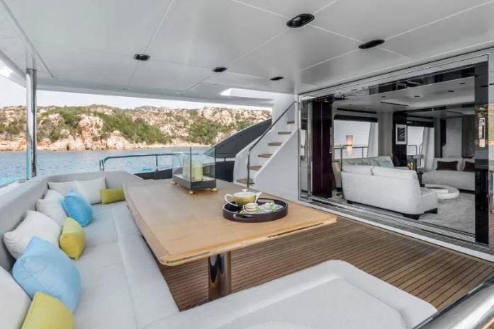 Bên trong siêu du thuyền 5,5 triệu bảng Anh của Ronaldo - ảnh 10