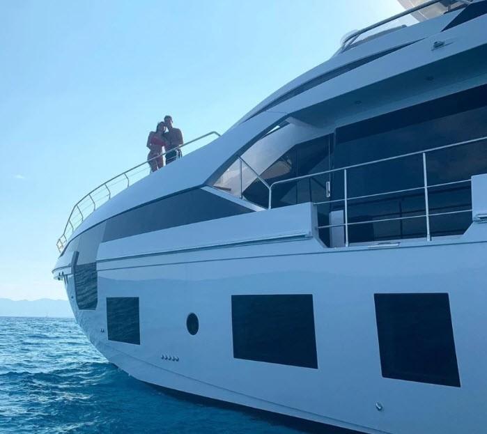 Bên trong siêu du thuyền 5,5 triệu bảng Anh của Ronaldo - ảnh 15