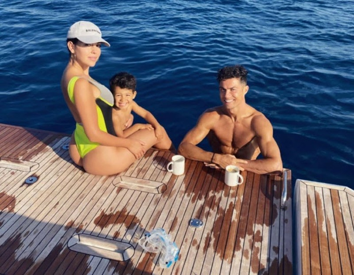 Bên trong siêu du thuyền 5,5 triệu bảng Anh của Ronaldo - ảnh 16