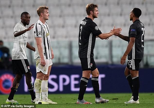 Bị Lyon loại, HLV Sarri của Juventus vẫn nói lời khó tin - ảnh 2