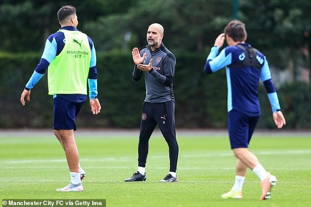 Pep Guardiola muốn cầu thủ Man City vui chơi thoải mái - ảnh 2