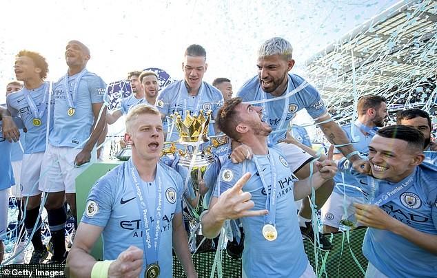 Pep Guardiola muốn cầu thủ Man City vui chơi thoải mái - ảnh 4