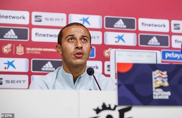 Thiago Alcantara bất ngờ lên tiếng 'chốt' tương lai ở Bayern - ảnh 1
