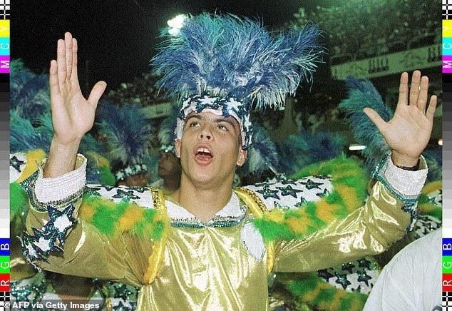 Ronaldo: Tôi hay tiệc tùng thâu đêm vì Real Madrid luôn thắng - ảnh 1