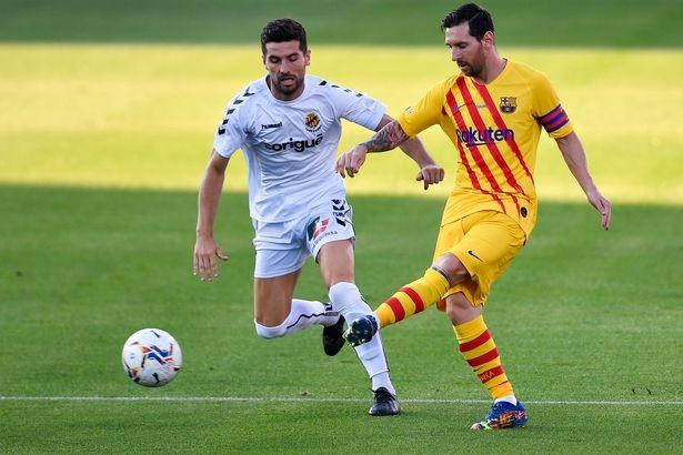 Tranh cãi MU và Barcelona cùng công bố đội trưởng mùa giải mới - ảnh 3