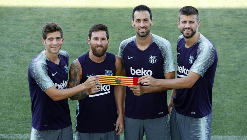 Tranh cãi MU và Barcelona cùng công bố đội trưởng mùa giải mới - ảnh 2