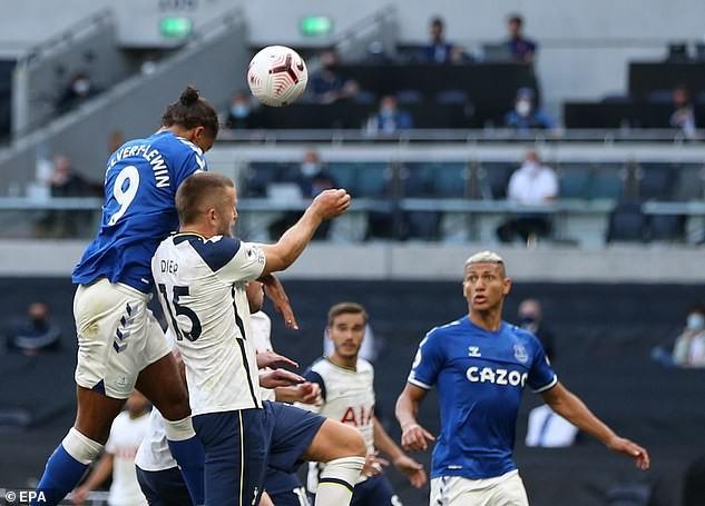 Tottenham thua trận, Mourinho nói không có thời gian khóc lóc - ảnh 1