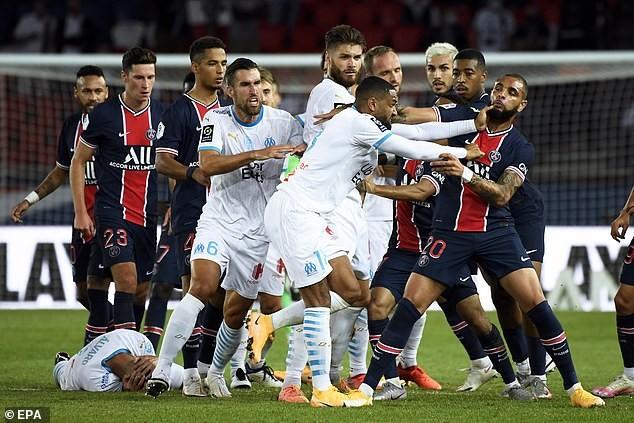 Neymar: 'Điều hối tiếc duy nhất là tôi không đánh vào mặt hắn' - ảnh 3