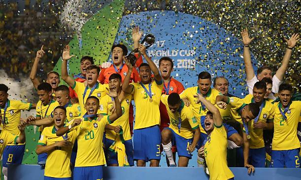 Liverpool có tân binh thứ hai là nhà vô địch World Cup - ảnh 2