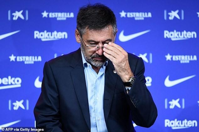 Sốc: Barcelona không có tiền mua cầu thủ - ảnh 3