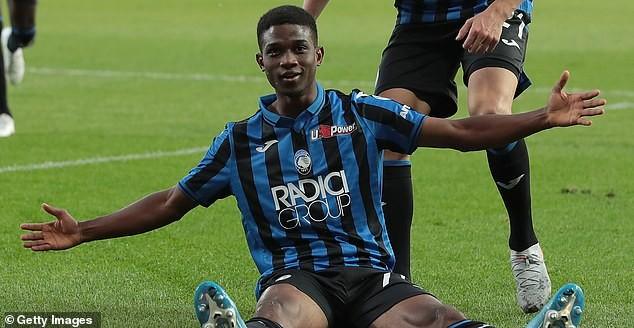 Bỏ Sancho, MU ưu tiên mua cầu thủ mới đá 30 phút ở Serie A - ảnh 3