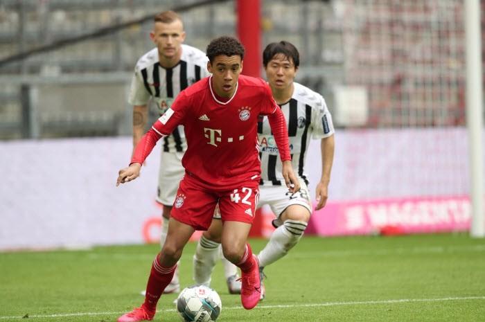 Tuyển Anh và Đức giành sao trẻ vừa ghi bàn lịch sử cho Bayern - ảnh 4