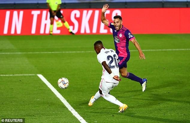 Real Madrid thắng khó Real Valladolid nhờ siêu dự bị - ảnh 3