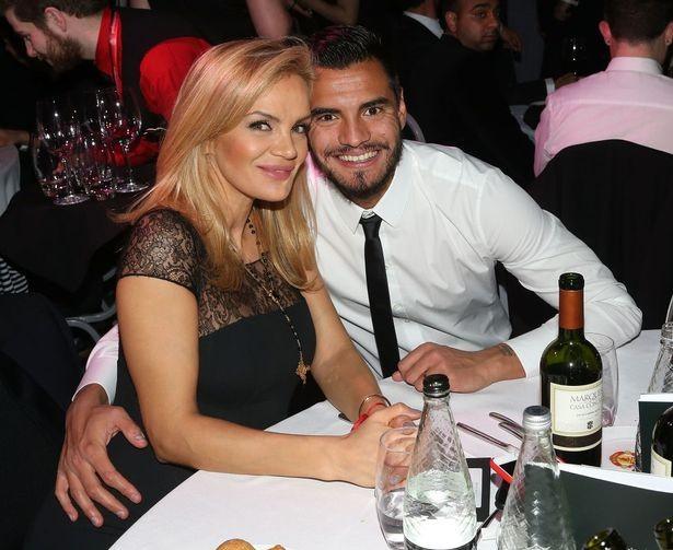 Vợ Romero nổi giận vì chồng bị MU chặn đường đi - ảnh 1
