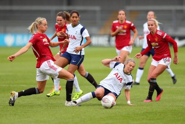Hạ Tottenham, MU lần đầu lên ngôi đầu bảng bóng đá Anh - ảnh 3