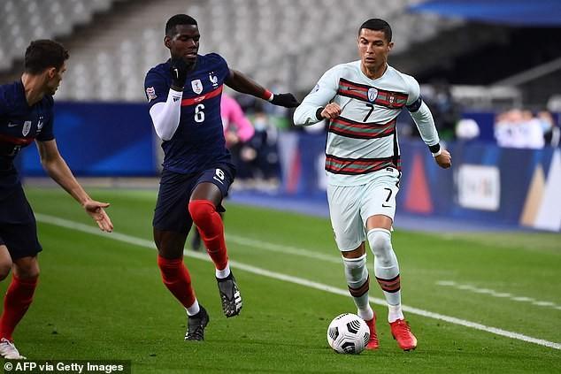 Hai nhà vô địch Pháp và Bồ Đào Nha chia điểm, Ý hòa nhạt - ảnh 1