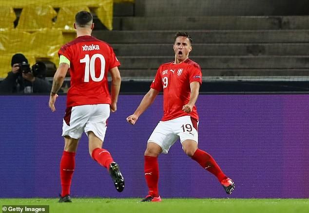 Siêu sao lên tiếng giải cứu tuyển Đức, Tây Ban Nha thua sốc - ảnh 1
