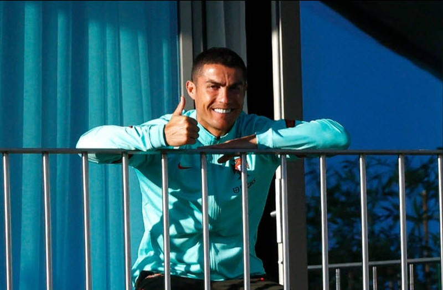 Ronaldo lên tiếng sau khi nhiễm COVID-19 - ảnh 1