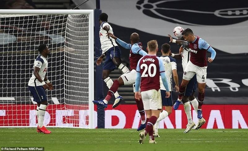 Bale vào sân, Tottenham đang dẫn 3 bàn bị gỡ hòa đau đớn - ảnh 6