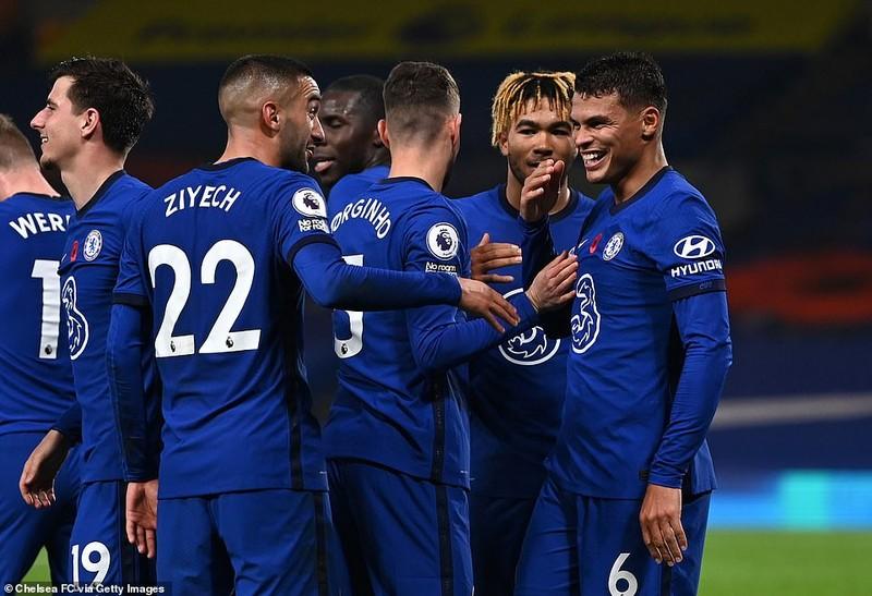 Thắng ngược đội bét bảng, Chelsea vào Top 3 Premier League - ảnh 6