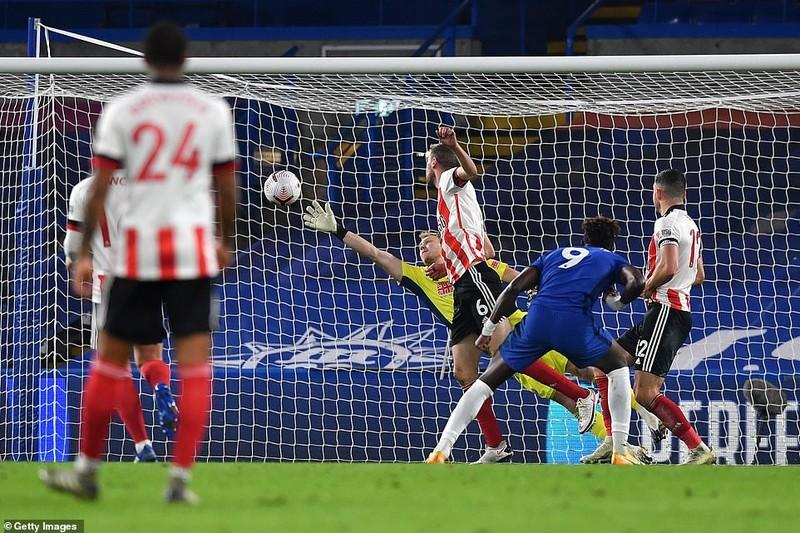 Thắng ngược đội bét bảng, Chelsea vào Top 3 Premier League - ảnh 2