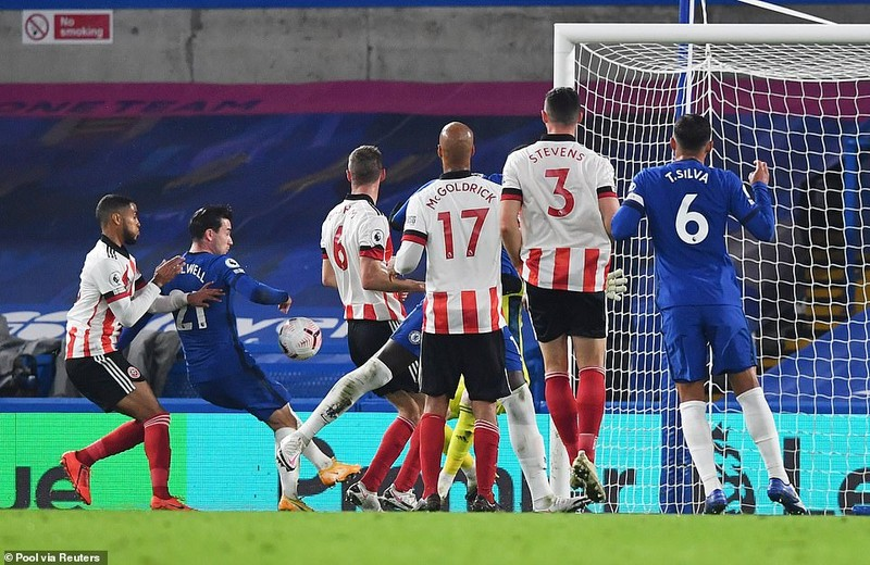Thắng ngược đội bét bảng, Chelsea vào Top 3 Premier League - ảnh 3