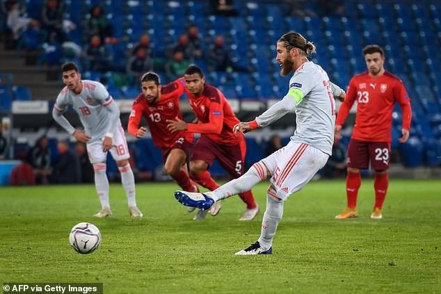Tuyển Đức vô tình hưởng lợi lớn, Ronaldo thành cựu vương - ảnh 5