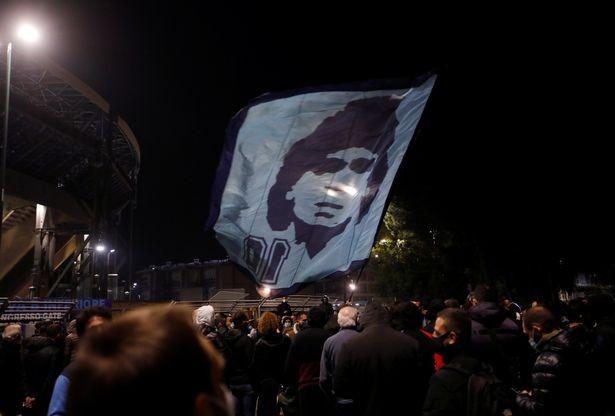 Lời xin lỗi về bức ảnh cuối cùng của Maradona - ảnh 2