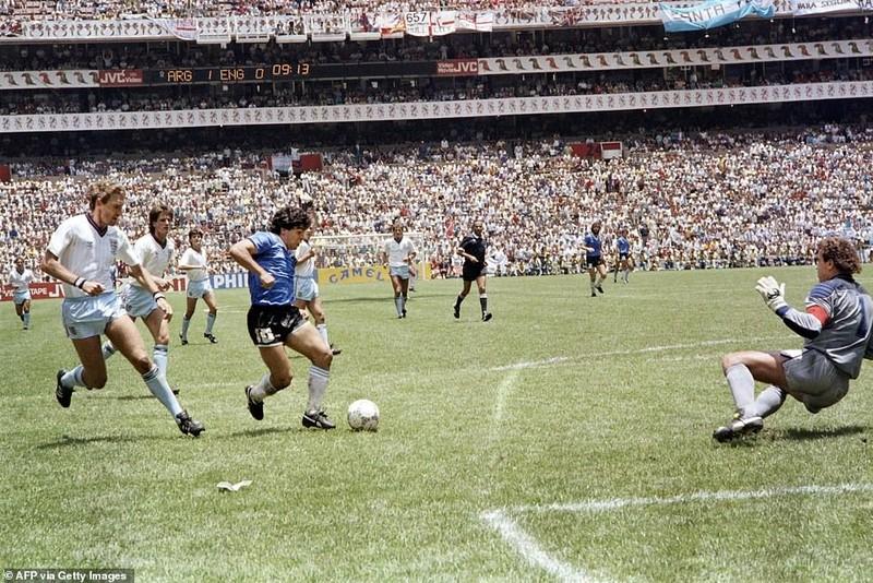 Cuộc đời và sự nghiệp phi thường của Diego Maradona - ảnh 4