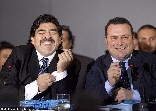 Angelo Pisani giận dữ: 'Maradona đã chết trong cô đơn' - ảnh 1