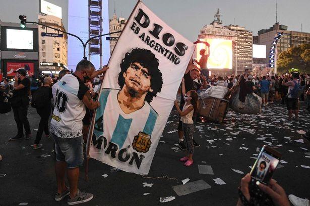 Sốc: Y tá thừa nhận nói dối, lẽ ra Maradona đã được cứu sống - ảnh 2